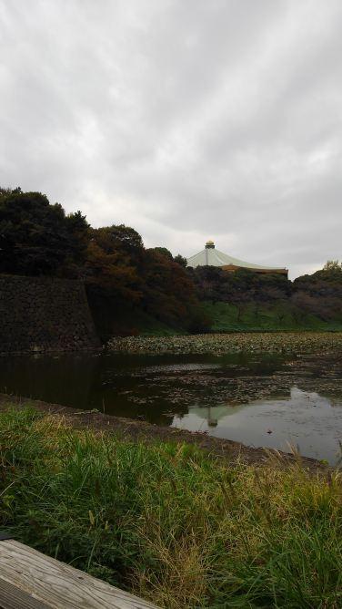 科学技術館の近くには日本武道館が。